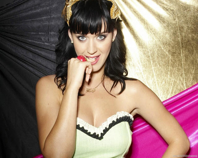 Katy Perry MTV Award 2011 Wallpaper