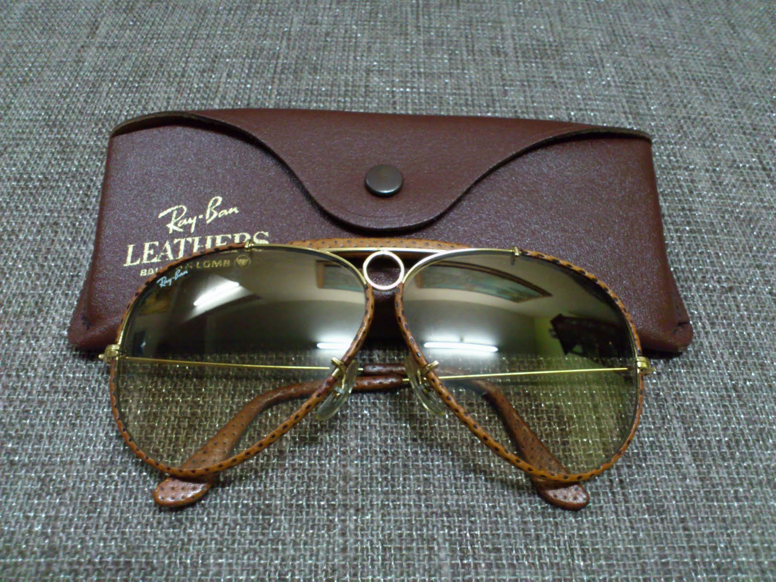 5b40eb533e Vintage Bausch   Lomb Rayban Sunglasses  (SOLD)Ray Ban Shooter Ostrich  Leather Ultragradient