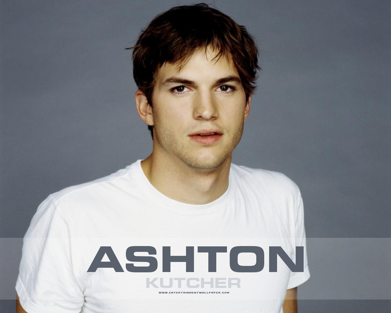 http://1.bp.blogspot.com/-p3UAhDk7mik/T0720hZZWQI/AAAAAAABHLM/FSt1m2j-sVM/s1600/foto-foto-ashton-kutcher-28.jpg