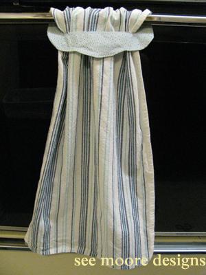 Hot flash 39 n craft 39 n easy hanging towel tutorial - Hanging kitchen towel tutorial ...