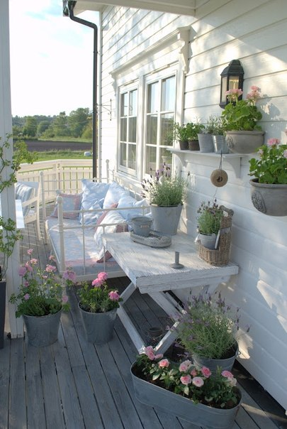 Outdoor porch and terrace decorating ideas ~ Home Decorating Ideas