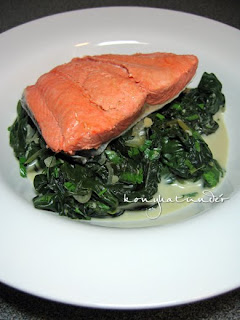 wild-alaskan-salmon-on-bed-of-spinach