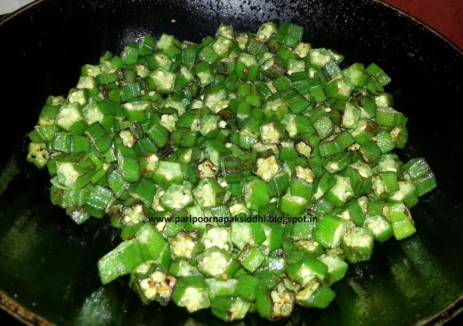 ... : BHINDI DO PYAZA / STIR FRIED LADYFINGER OR OKRA WITH ONIONS
