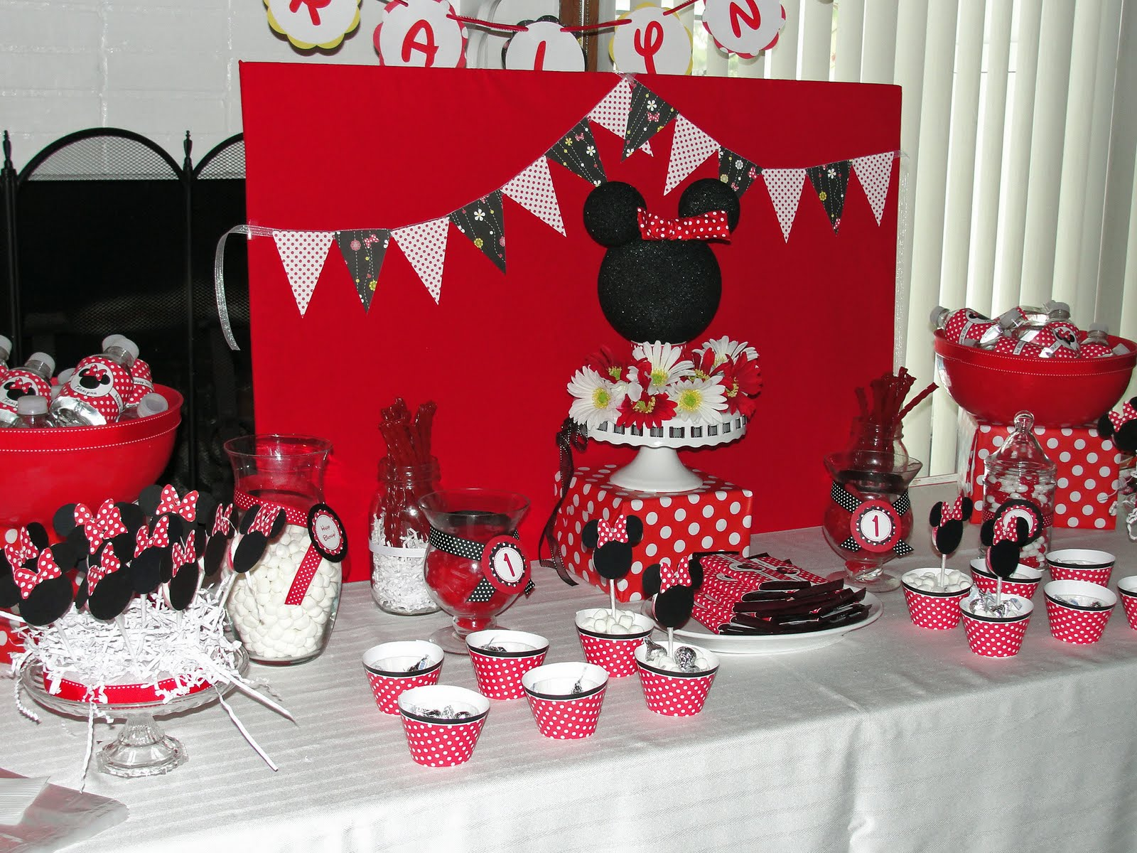 My Party Dreamz Minnie Mouse 1st Birthday