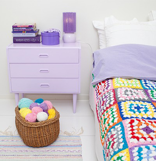 crochet+multicolor+patchwork+afghan+with+lilac+purple+side+table+and+yarn+basket Mimmistaff Crochet Lovelies