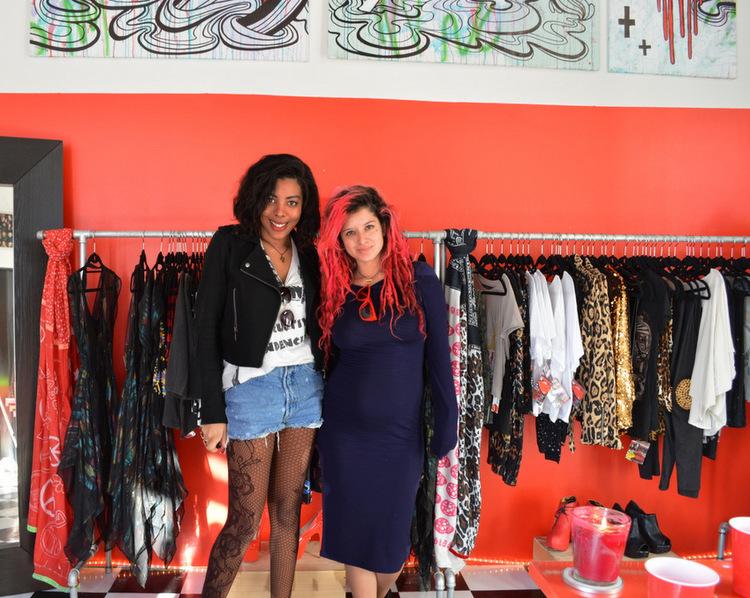 Fashion Blogger Anais Alexandre of Down to Stars with pamela wasabi of wasabi fashion kult