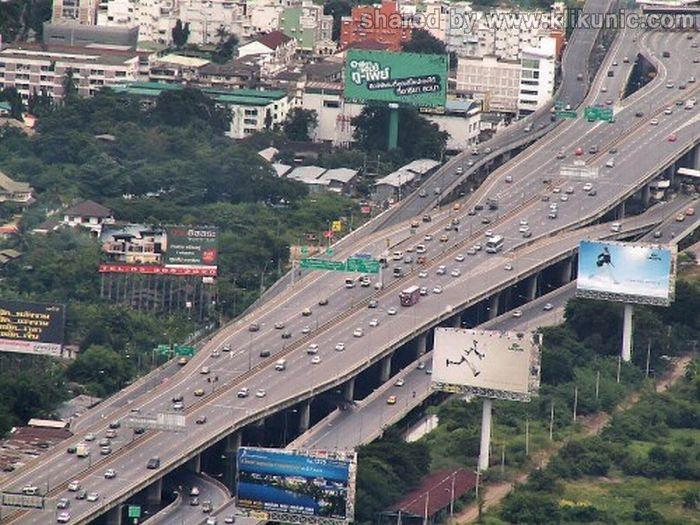 http://1.bp.blogspot.com/-p4IFv3gy8tU/TXWX1ZhQ5-I/AAAAAAAAQQM/1GyNKiegxeo/s1600/bridges_05.jpg