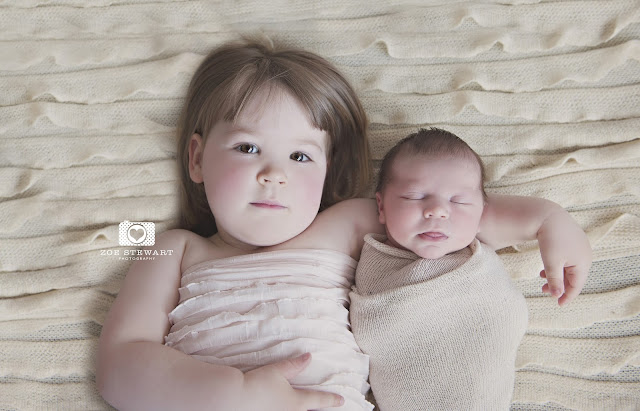 Newborn, photographer, edinburgh, musselburgh, lothians, fife, glasgow, sibling, photoshoot, studio,