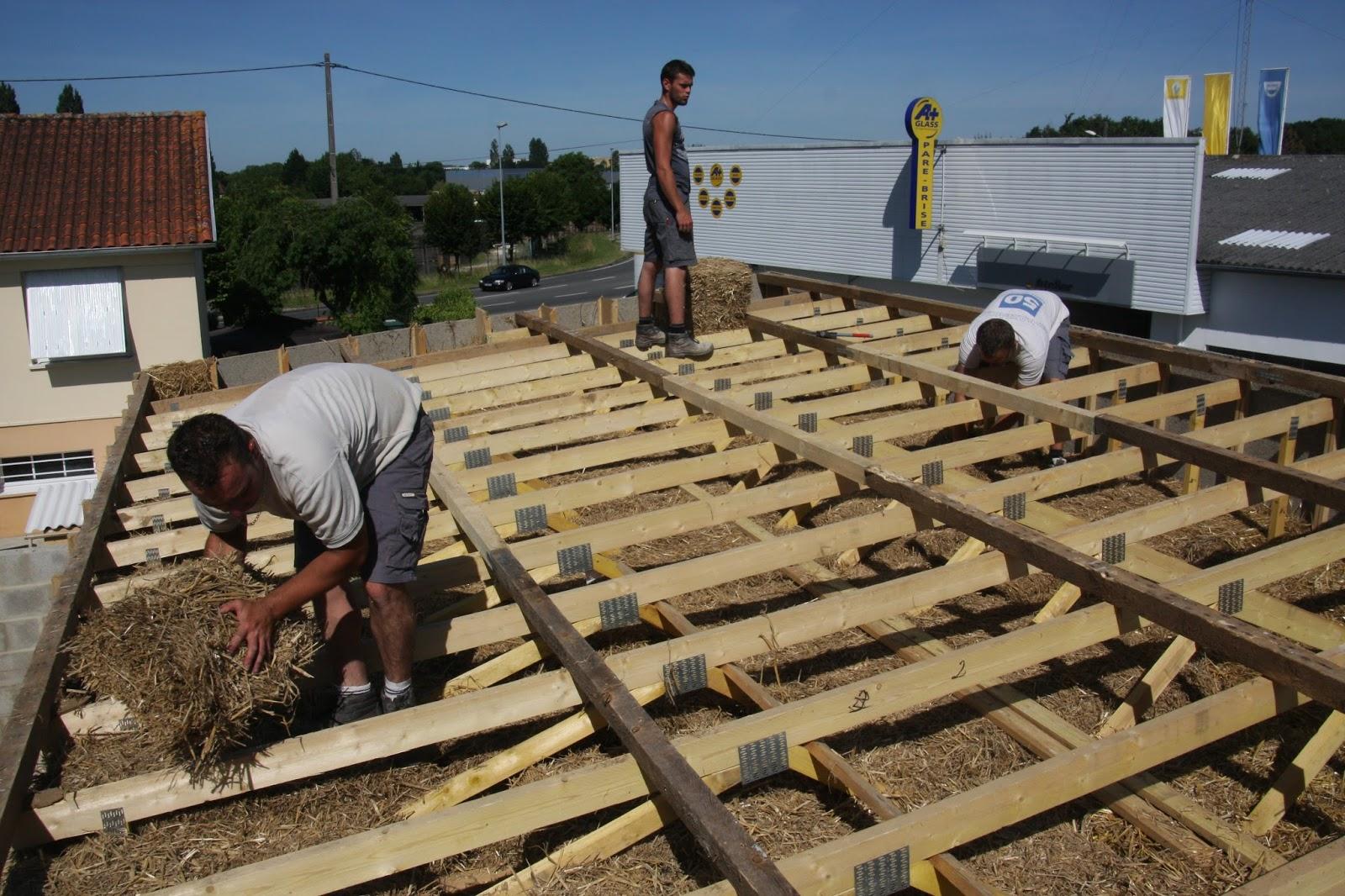 Entreprise de ma onnerie construction en paille suite for Entreprise construction