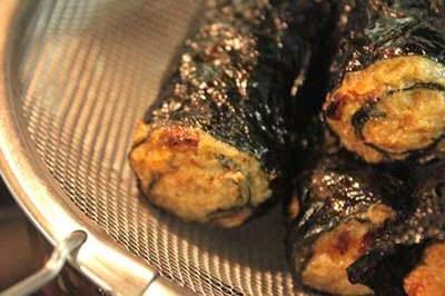 Fried Shrimp Rolls with Seaweed - Chả Tôm Cuộn Rong Biển