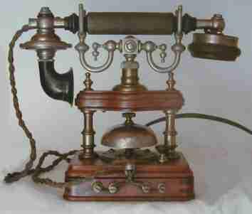 Telepon pertama yg diciptakan oleh alexander graham bell