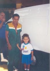 Meu Pai e sua netinha.
