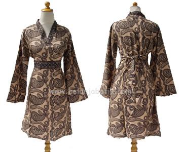 Model Baju Batik Modern Pakaian Batik Terbaru Untuk Pria Wanita Modern