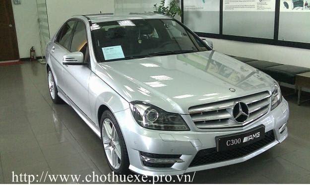 Cho thuê xe 4 chỗ Mercedes 300 theo tháng