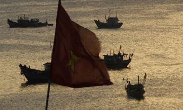 Kapal Nelayan Vietnam Ditenggelamkan