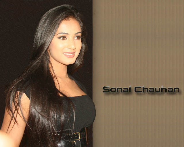 Sonal Chauhan Hd Wallpapers
