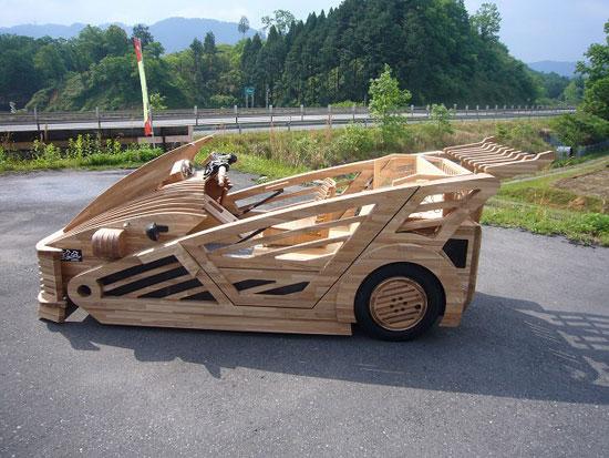 mobil kayu yang unik dan kreatif