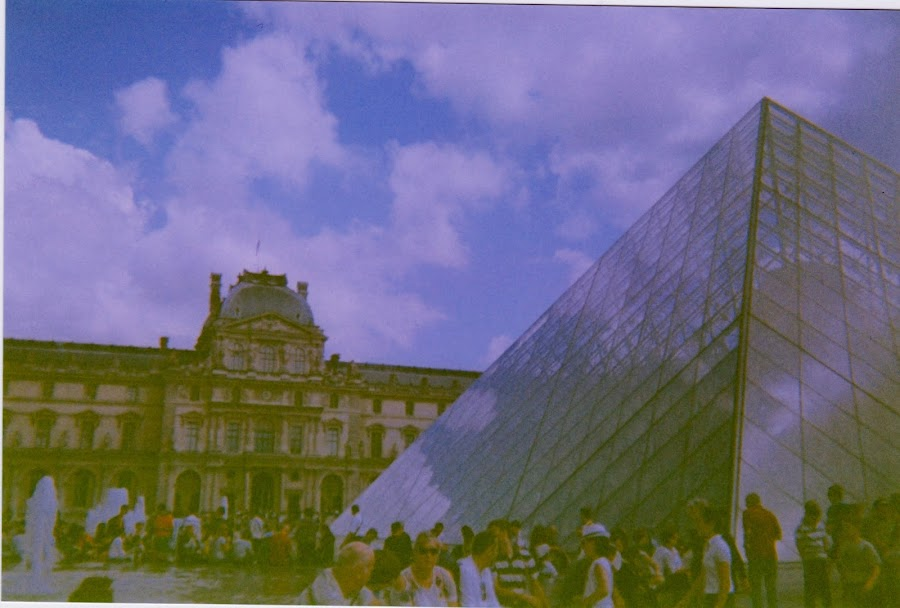 disposable camera photo paris