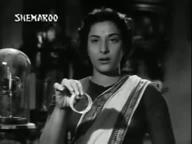 Screen Shot Of Hindi Movie Shree 420 1955 300MB Short Size Download And Watch Online Free at worldfree4u.com