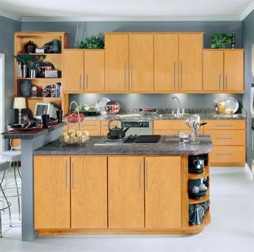 Cabinets for kitchen light brown kitchen cabinets pictures for Kitchen color ideas with light brown cabinets