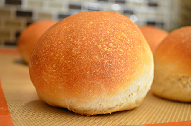 Homemade Crusty Hamburger Buns