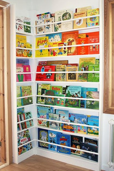 Petite Literary Creative Ways To Display Store Children
