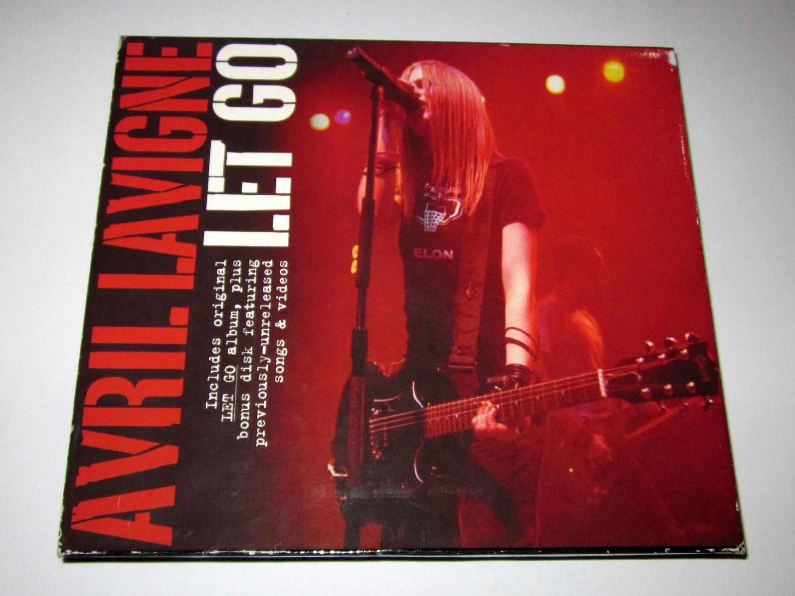 http://1.bp.blogspot.com/-p6gbJGsOcG8/UFtJvTQSSFI/AAAAAAAAC8o/Od0WaOBjiCU/s1600/let+go+tour+edition+1.jpg
