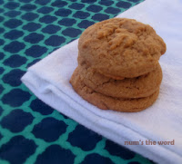 http://numstheword.blogspot.com/2013/11/soft-and-chewy-pumpkin-spice-cookies.html