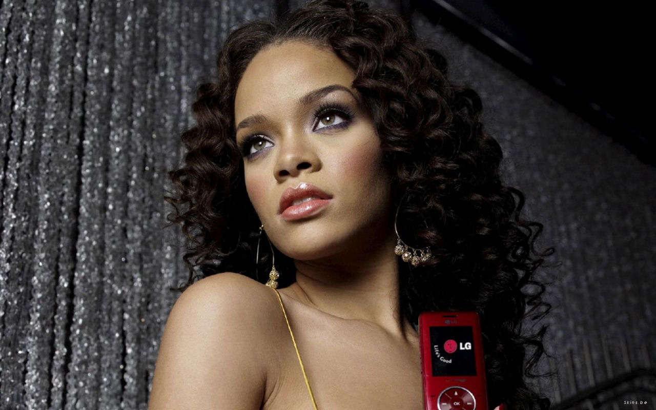 Rihanna – Live in Manila 2012