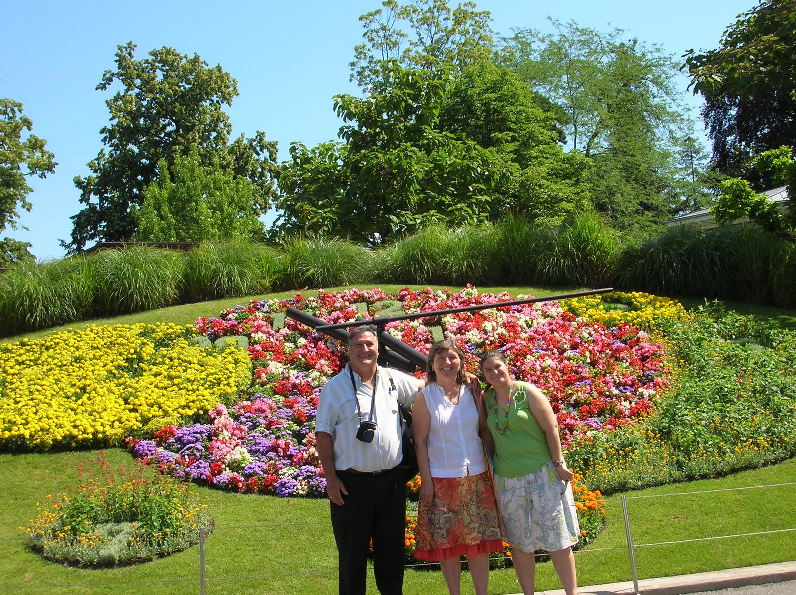 D coration 33 jardin fleurie versailles jardin du for Jardin luxembourg horaires