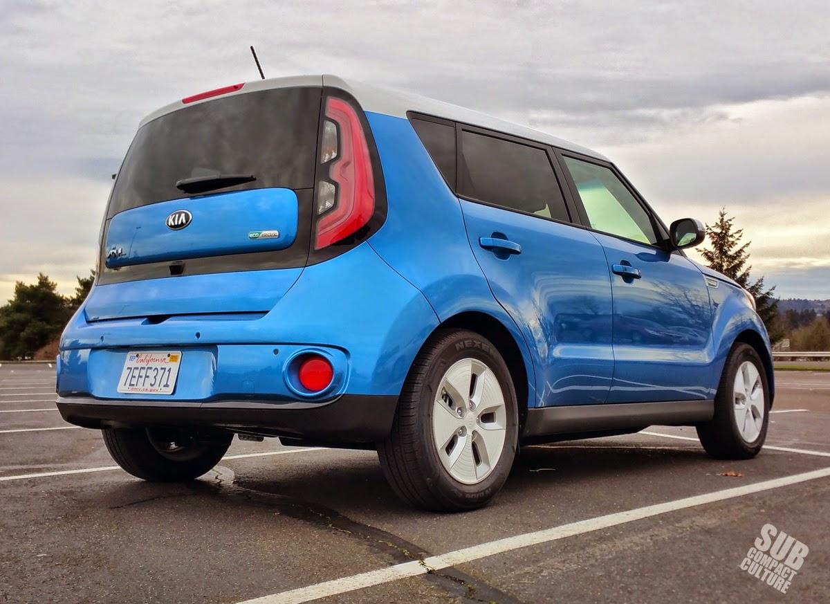 Kia Soul EV rear 3/4