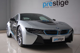 Futuristic car BMW i8 Lower Emissions Than Prius