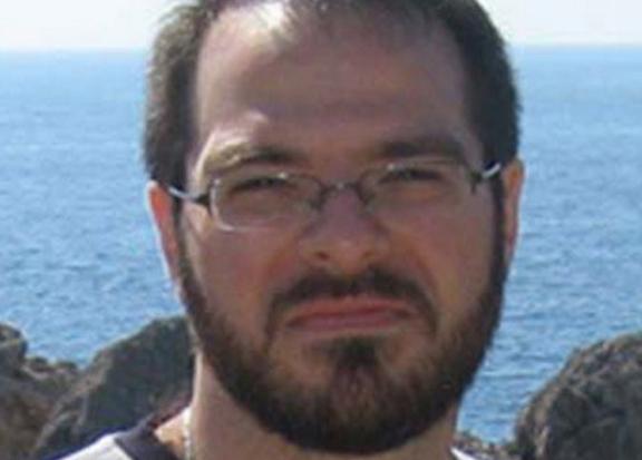 Selama 20 Tahun Mencari Kebenaran, Akhirnya Pria Yahudi Ini Menemukanya Di Agama Islam