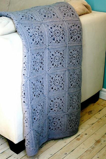 Mes favoris tricot crochet mod le crochet gratuit un plaid en carr s granny - Modele plaid tricot gratuit ...