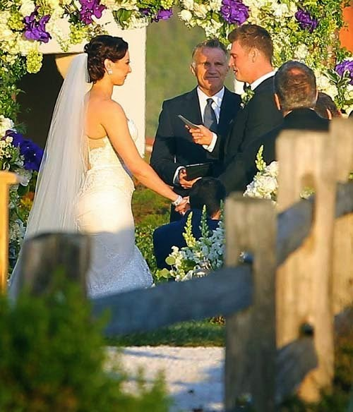 Actress wedding photo gallery Nick Carter and Lauren Kitt