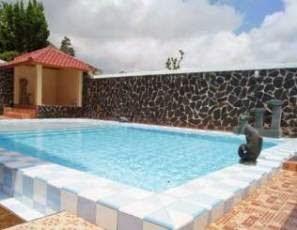Kolam Renang Villa Singo Puncak