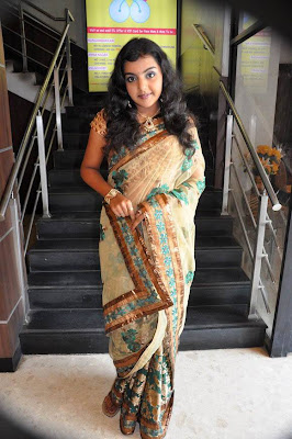 Tamil Actress Photos, Tamil Actress Movies, Tamil Actress Wallp