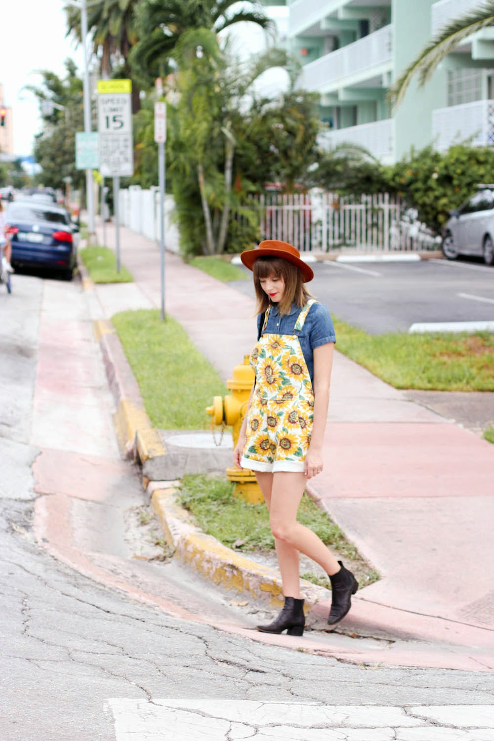 steffy kuncman vintage fashion blogger