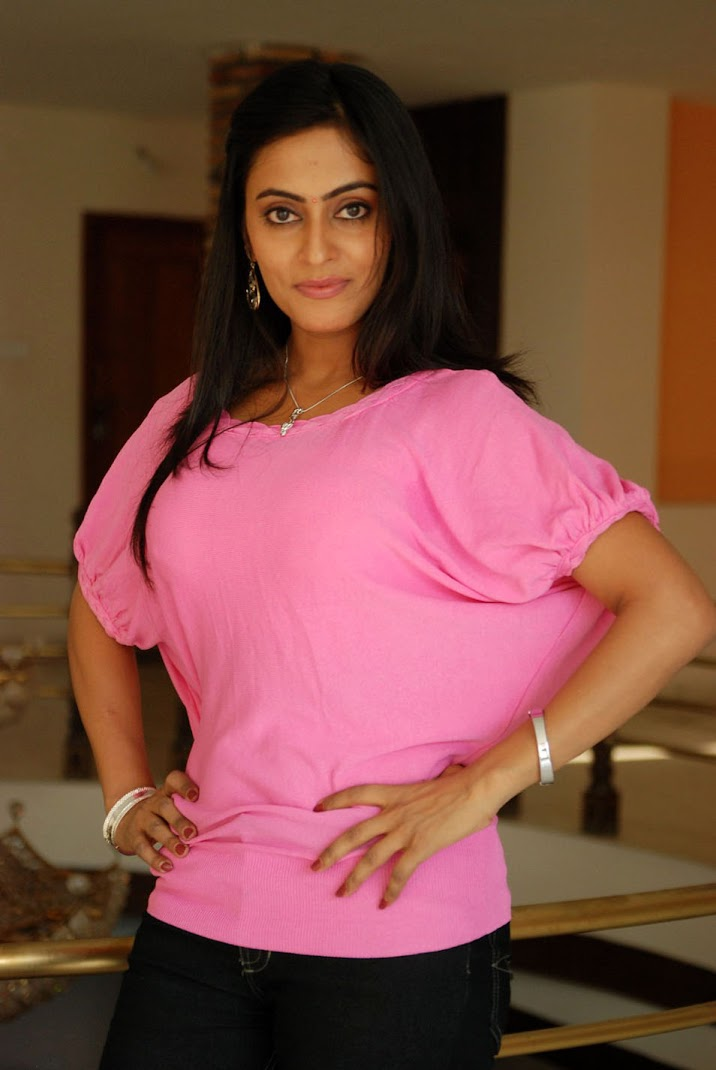 South Side Radhika Stills 
