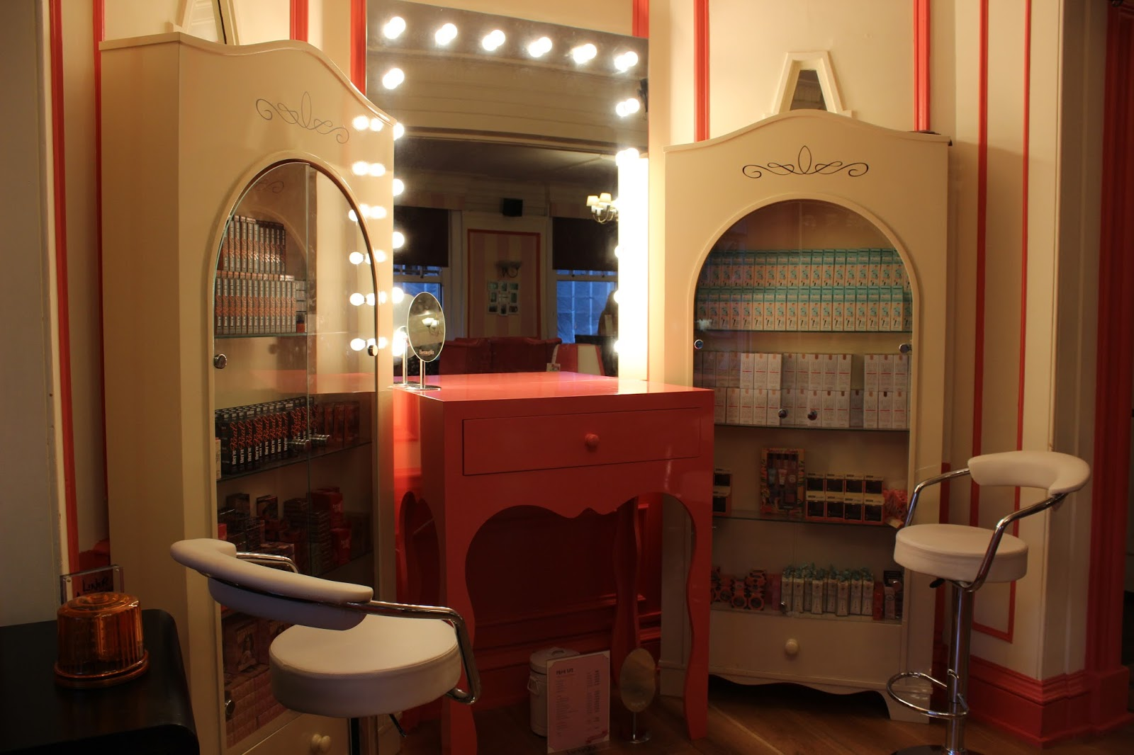 Benefit Beauty Bar