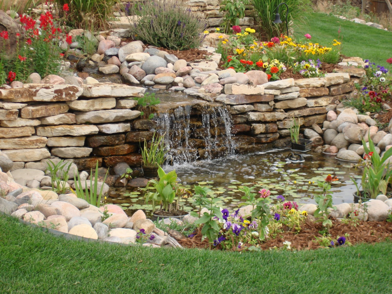 Back Yard design with Water Features Waterfalls
