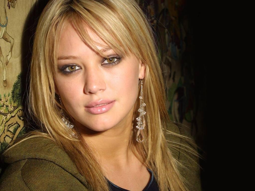 Hilary Duff Hot Pictur... Hilary Duff
