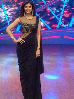 See Shilpa Shetty in Sexy Black Saree