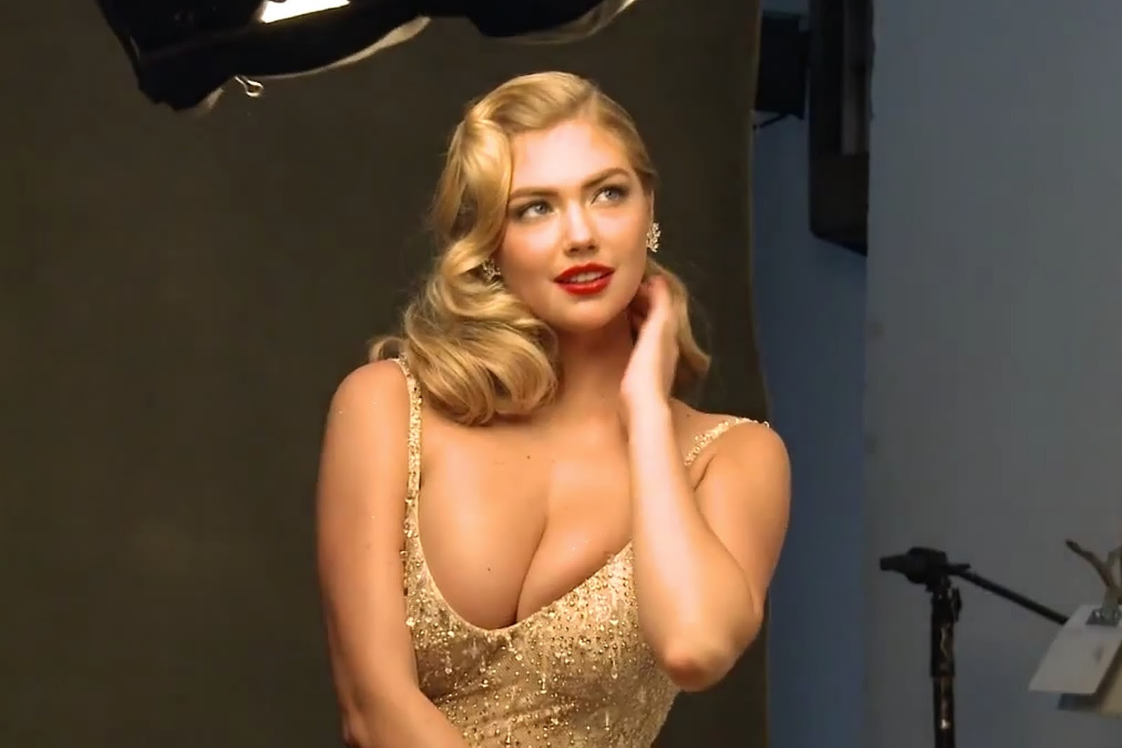 Kate Upton On The Cover Vanity Fair Magazine