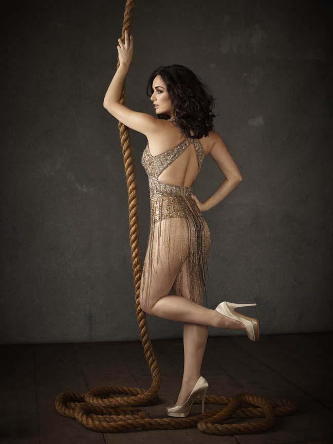 Ana de la Reguera sexy back, Ana de la Reguera with rope pics