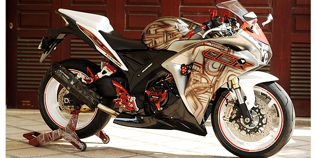 Honda-CBR-250-modifikasi-transformer.jpg