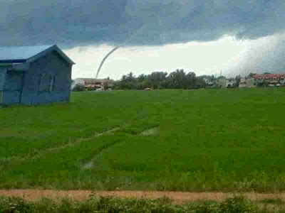 Gambar Puting Beliung Kuala Sala Kedah