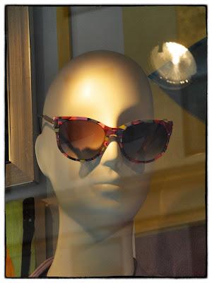 Mod,  #BGWindows Mannequin Head Shot, Bergdorf's, NYC