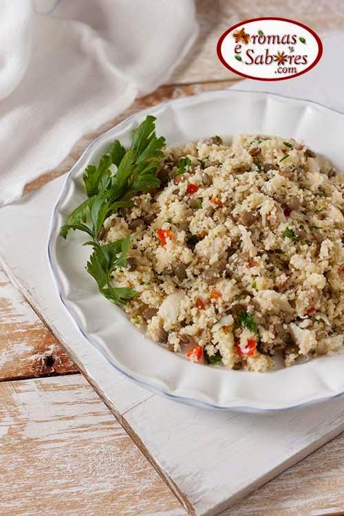 Salada de couscous marroquino com lentilha