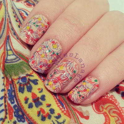 crumpets-33-day-challenge-pattern-in-your-wardrobe-nails